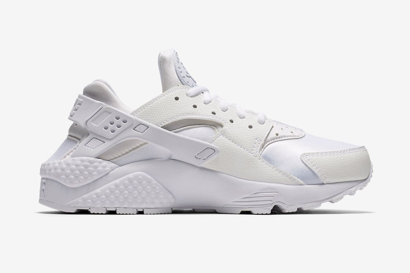 Nike Women s Air Huarache Run Sneakers a8786a332