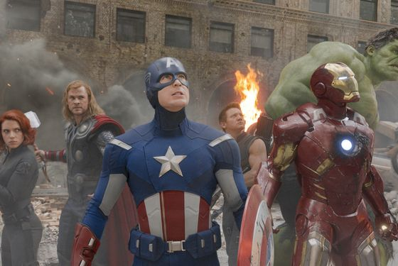 """Marvel's The Avengers""  L to R: Black Widow (Scarlett Johansson), Thor (Chris Hemsworth), Captain America (Chris Evans), Hawkeye (Jeremy Renner), Iron Man (Robert Downey Jr.), and Hulk (Mark Ruffalo)  Ph: Film Frame   © 2011 MVLFFLLC.  TM & © 2011 Marvel.  All Rights Reserved."