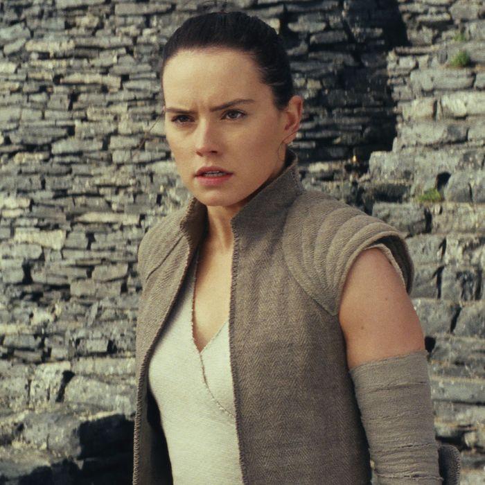 5fee5a0fa5e9 Rey s Parents Reveal Star Wars  The Last Jedi s Populism
