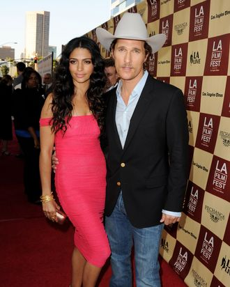 Camila Alves & Matthew McConaughey.