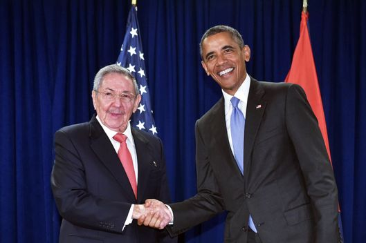 un obama and raul meet