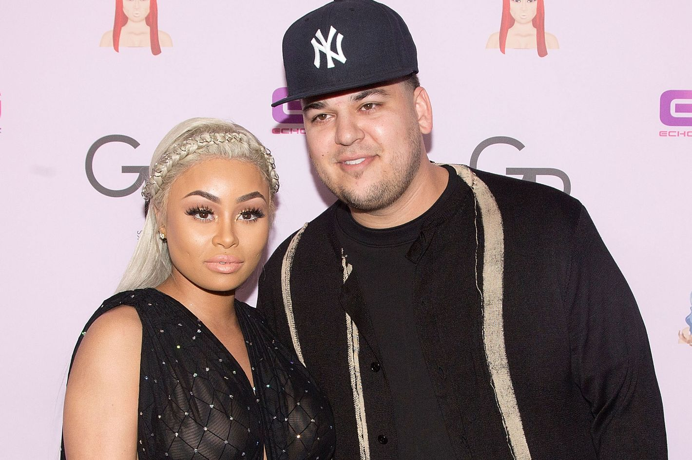 blac chyna tweeted out rob kardashian's phone number
