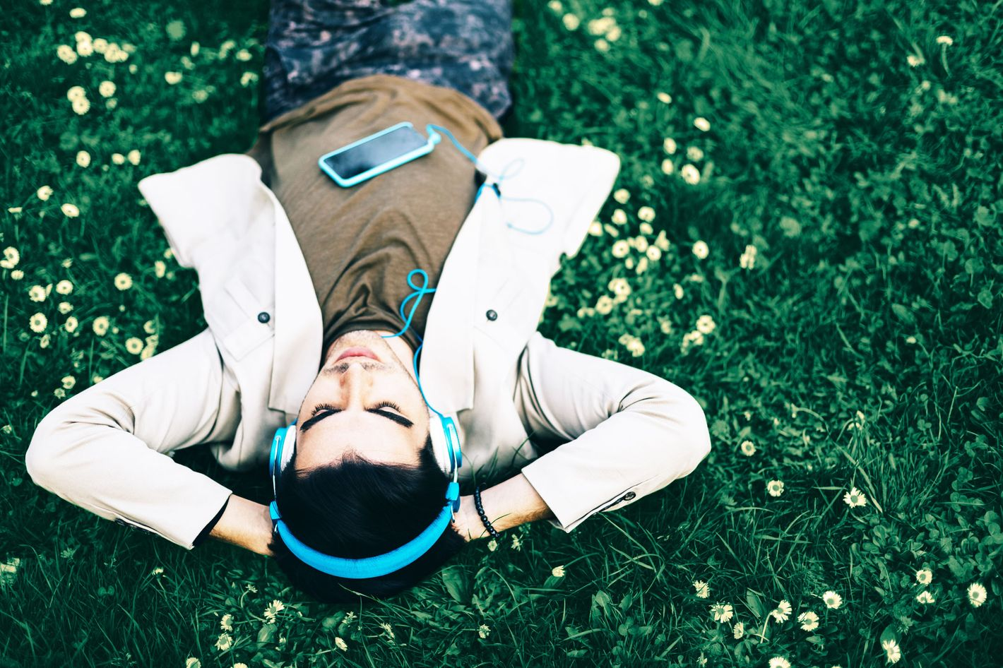 To Your Brain, Audiobooks Are Not 'Cheating'