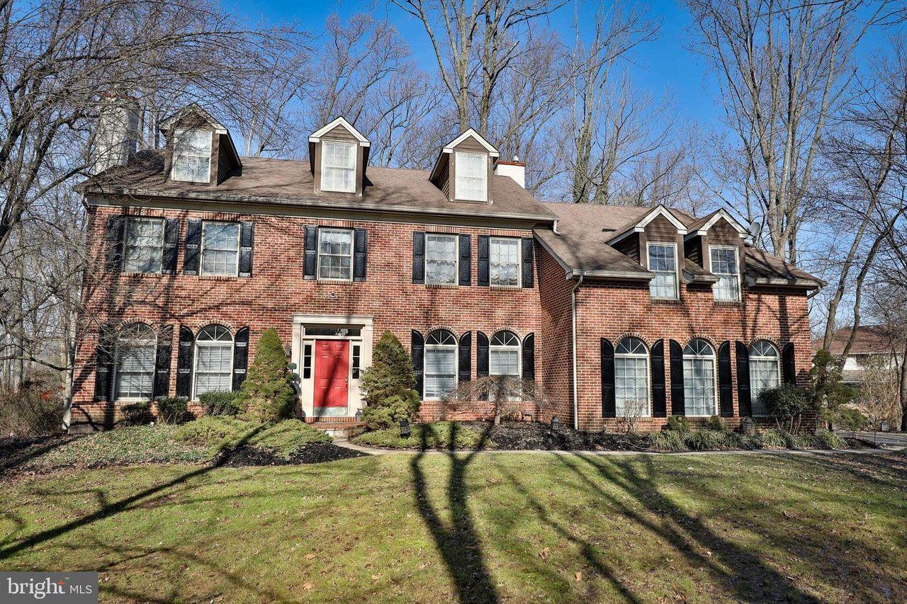 Quaint Pennsylvania Home Boasts Luxurious Bdsm Dungeon
