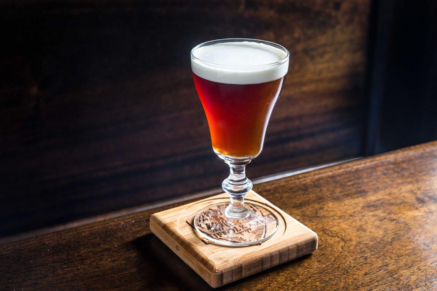 The Duke of Suffolk: Hendrick's gin, Earl Grey and English breakfast tea, cream, and sugar.