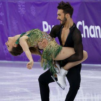 Olympic Figure Skater Had Nightmare Wardrobe Malfunction