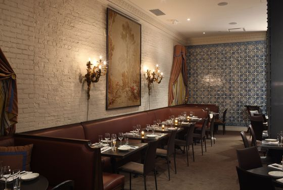 A Look At R 244 Tisserie Georgette S Luxurious Comfort Food