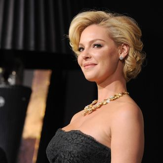 Actress Katherine Heigl arrives at the premiere of Warner Bros. Pictures'