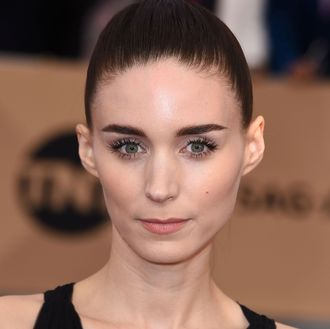 Rooney Mara Says the Gender Pa...