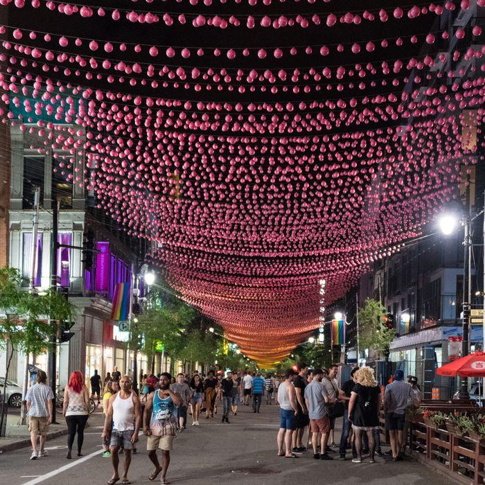 pink balls montreal
