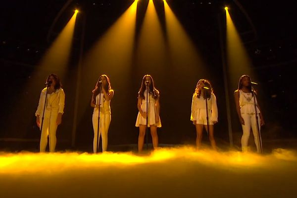 Top Finalists Perform Live Show #2