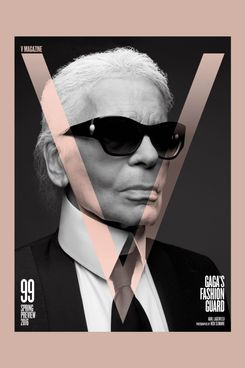 Lagerfeld, photographed by Slimane.
