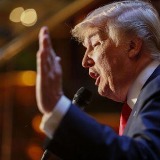 US-VOTE-REPUBLICANS-TRUMP-BOOK