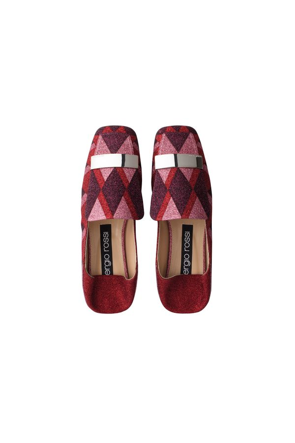 Squared Toe Red Slipper with Silvered Metal Plate
