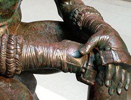 Boxer statue's hands
