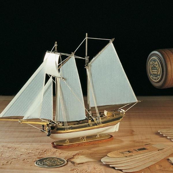 Hannah Ship-in-a-Bottle Kit