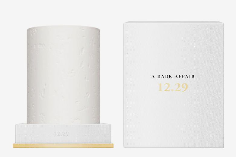 12.29 A Dark Affair Candle