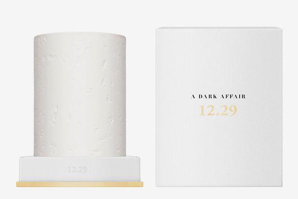 12.29 A Dark Affair Candle