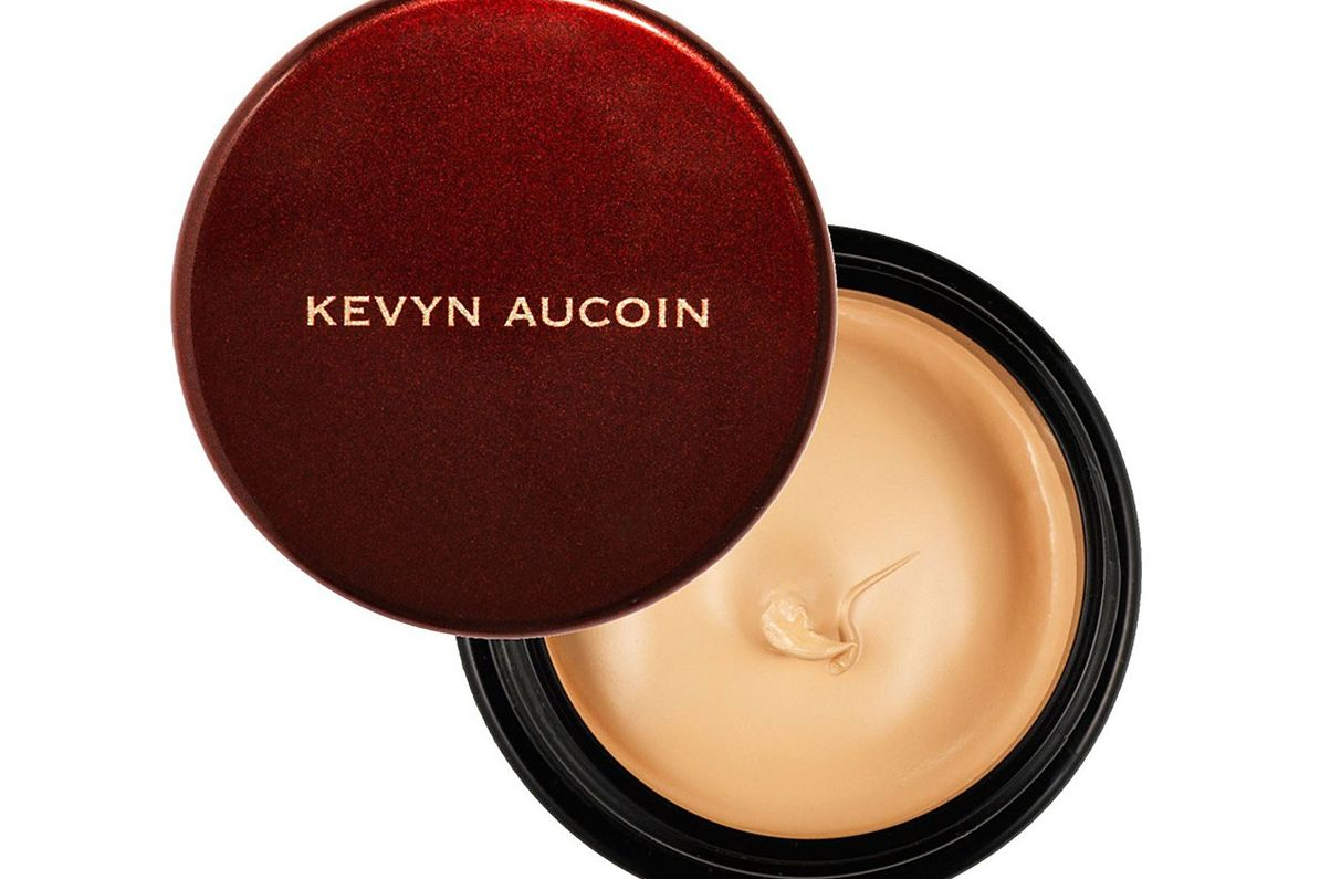 Kevyn Aucoin The Sensual Skin Enhancer Concealer and Foundation