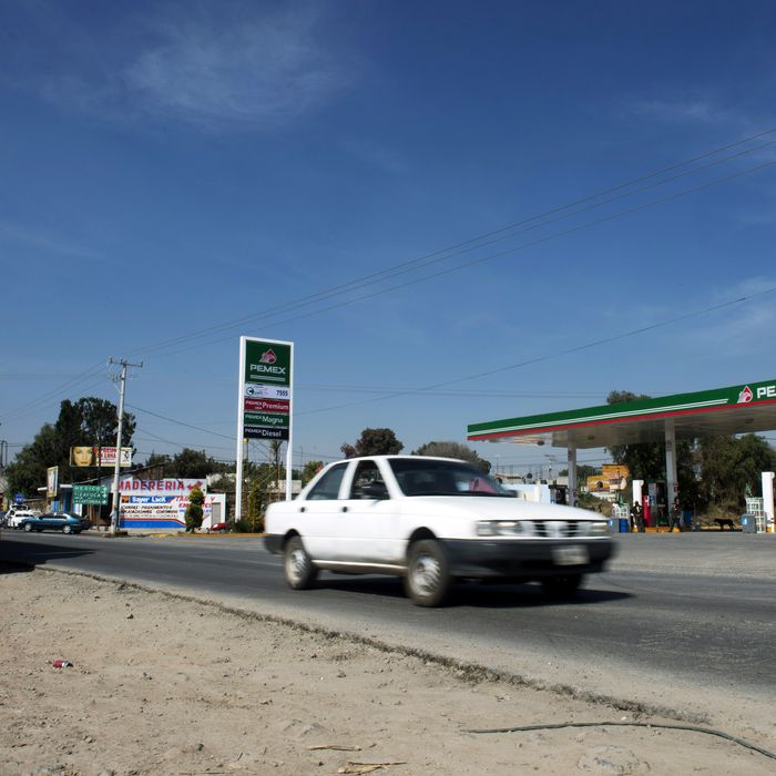 General view on December 4, 2013 of the place in Tepojaco, Hidalgo state where the Volkswagen Worker truck transporting a