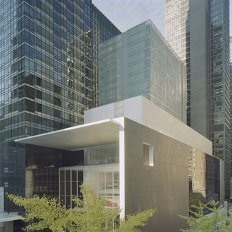 Exterior view of the David and Peggy Rockefeller Building from West 54th Street, The Museum of Modern Art, designed by Yoshio Taniguchi. Photo (C) 2004 Timothy Hursley.