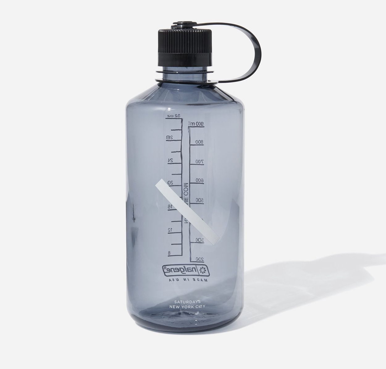 Nalgene Narrow Mouth Slash Bottle in Smoke Grey