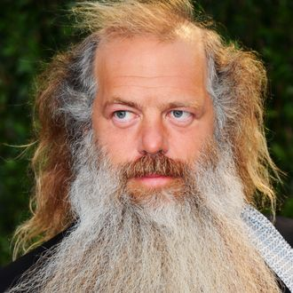 WEST HOLLYWOOD, CA - FEBRUARY 26: Music Producer Rick Rubin arrives at the 2012 Vanity Fair Oscar Party hosted by Graydon Carter at Sunset Tower on February 26, 2012 in West Hollywood, California. (Photo by Alberto E. Rodriguez/Getty Images)