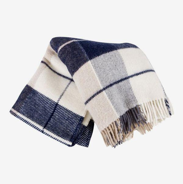 Ylur 100% Wool Icelandic Plaid Knit Blanket
