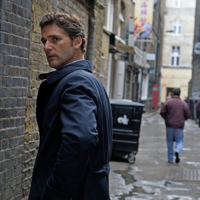 Eric Bana stars as Martin Rose in John Crowley's CLOSED CIRCUIT, a Focus Features release.