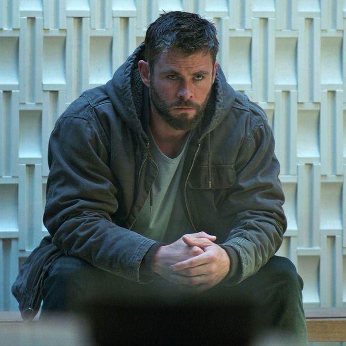 879741d9 Avengers: Endgame Writers Explain Their Vision for 'Heavy Thor'