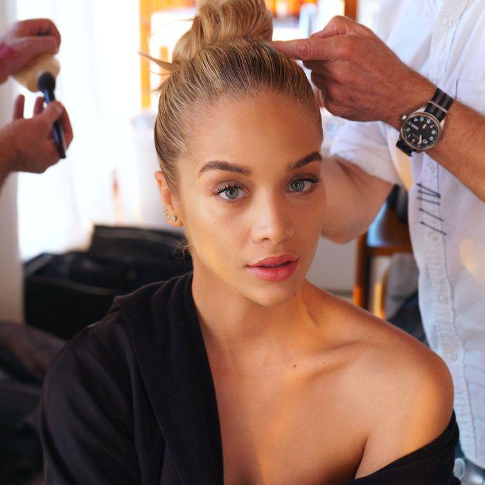 Getting Ready With Instagram Sensation Jasmine Sanders