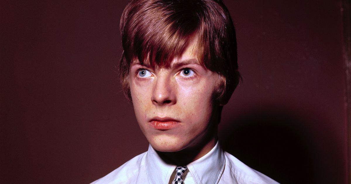 The Story Behind David Bowie S Unusual Eyes