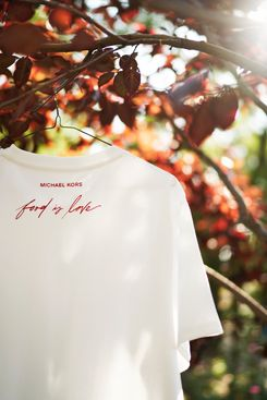 Watch Hunger Stop LOVE Organic Cotton Unisex T-Shirt