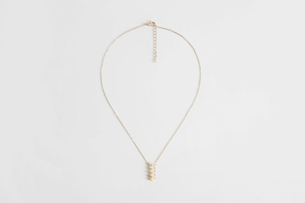 Mango Pearl Chain Necklace
