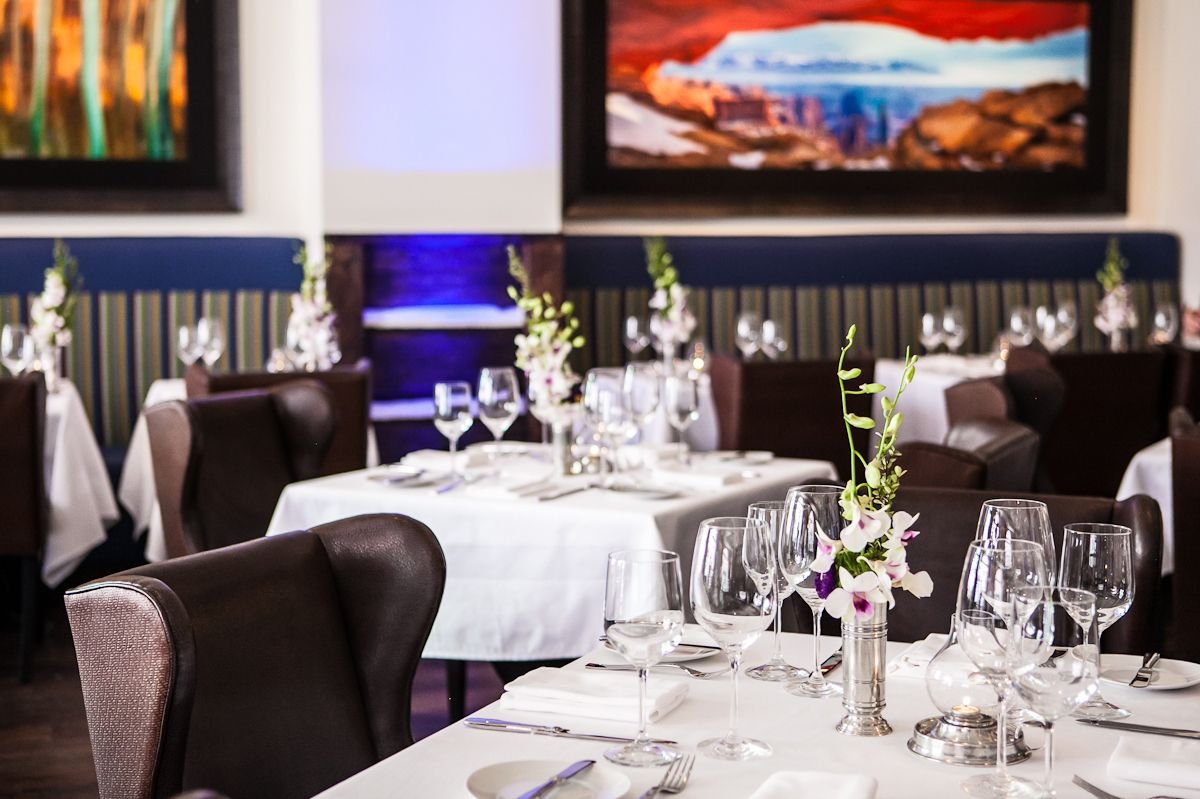 A look at Chefs Club's dining room.