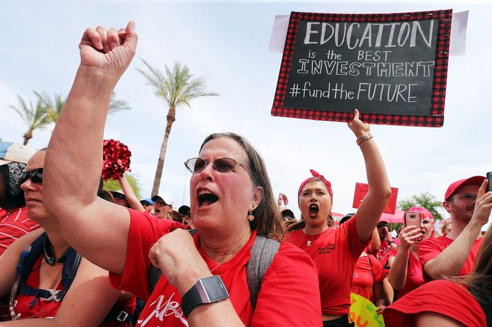 Arizona passes new education budget to end teachers walkout arizona passes new education funding to end teachers strike malvernweather Images
