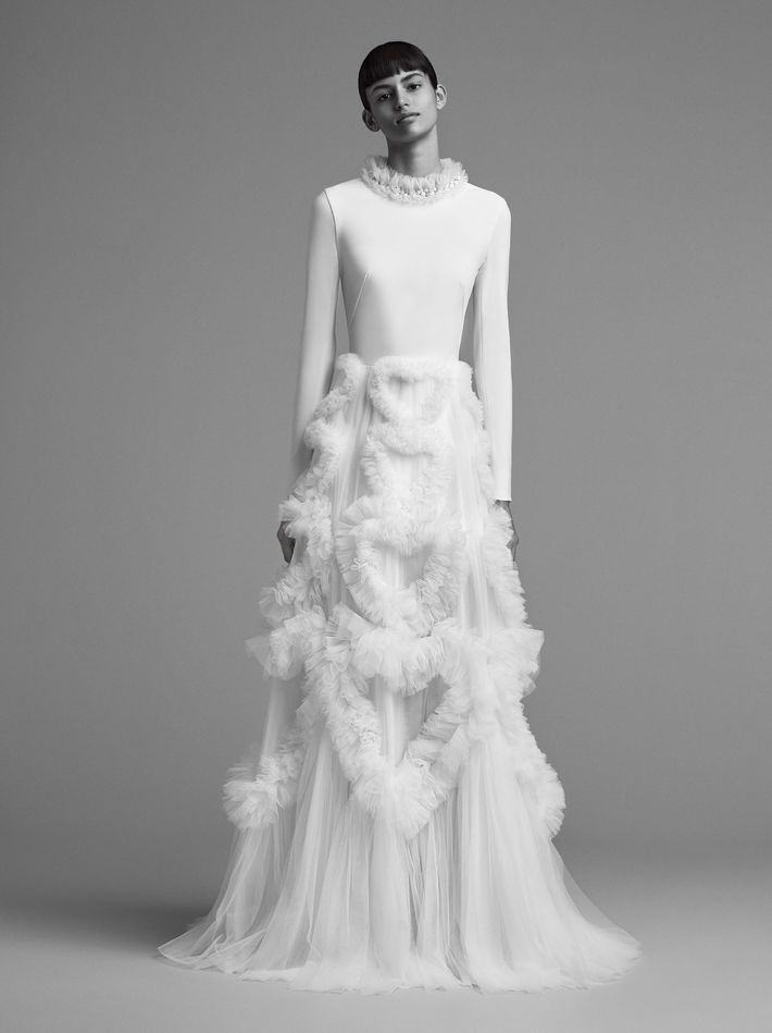 23 elegant long sleeve wedding dresses for winter weddings viktor rolf gown price upon request at viktor rolf junglespirit Gallery