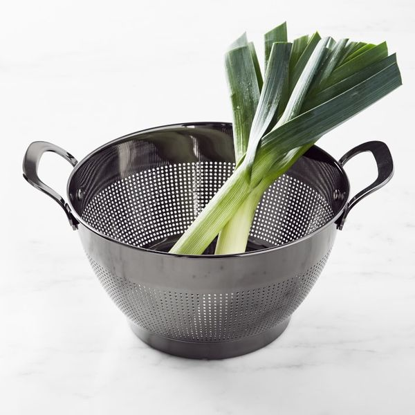Williams Sonoma Gunmetal Colander 5-Qt.