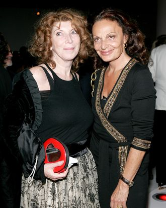 Nona Summers with Diane Von Furstenberg in 2005.