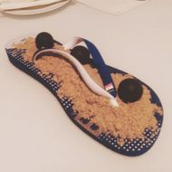 Fancy Restaurant in Germany Now Sprinkles Dessert Onto a Flip-Flop
