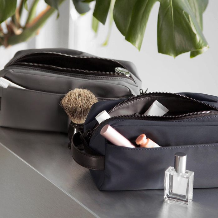 be19e1ceee2c 13 Best Dopp Kits and Toiletry Bags for Men 2019