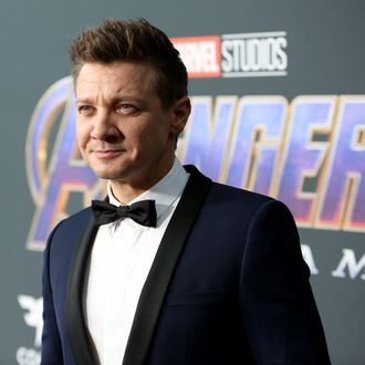 Jeremy Renner's Ex-Wife Claims He Threatened to Kill Her