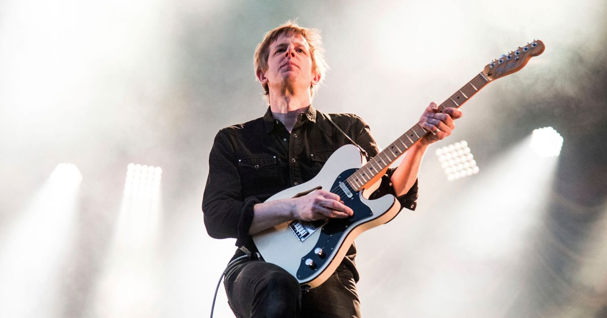 Nip Slips, Donald Duck, and Destitute Summers: Britt Daniel Remembers the Best and Worst of Spoon