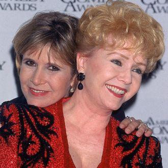 Carrie Fisher;Debbie Reynolds [& Family]