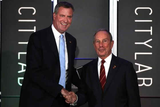 NEW YORK, NY - OCTOBER 08:  Democratic nominee for New York Mayor Bill de Blasio (L) appears on stage with [then] New York Mayor Michael Bloomberg at &quot;CityLab: Urban Solutions to Global Challenges,&quot; an event sponsored by The Atlantic, The Aspen Institute, and Bloomberg Philanthropies on October 8, 2013 in New York City.></a> &nbsp;   <P>						<img src=