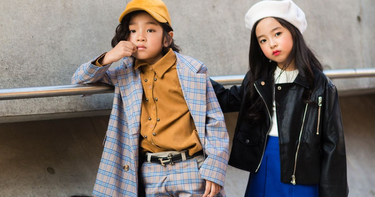 Photos See More Street Style From Seoul Fashion Week