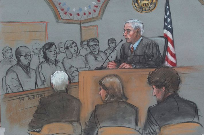 epa04714869 A sketch artist rendition of the scene inside the John J Moakley Federal Courthouse of Dzhokhar Tsarnaev (R) along with his defense team Judy Clarke and David Bruck and Judge George O'Toole (C) during the the first day of sentencing of Tsarnaev's trial in Boston, Massachusetts, USA 21 April 2015. EPA/JANE FLAVELL COLLINS