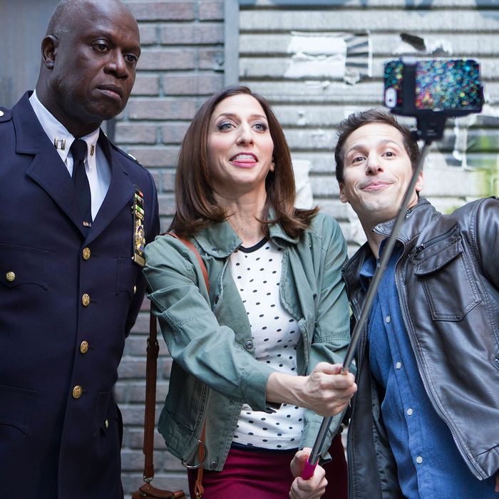 BROOKLYN NINE-NINE: (L-R) Capt. Holt (Andre Braugher), Gina (Chelsea Peretti) and Jake (Andy Samberg) in the