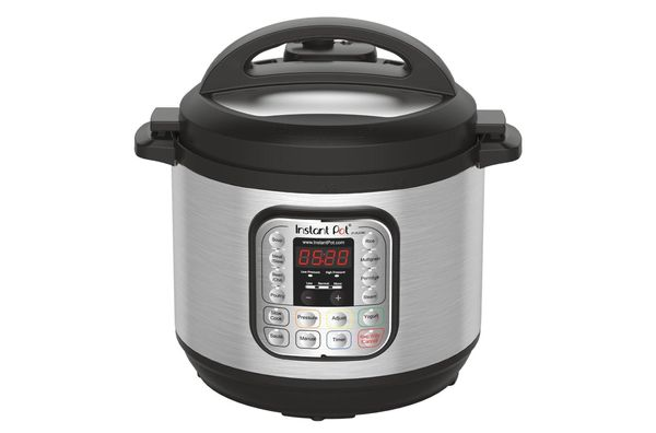 Instant Pot DUO60 8-Quart 7-in-1 Multi-Use Programmable Pressure Cooker