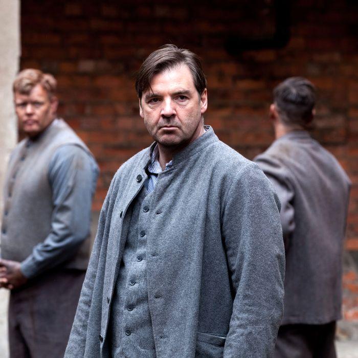 Downton Abbey Season 3 - Sundays, January 6 - February 17, 2013 on MASTERPIECE on PBS - Part 5